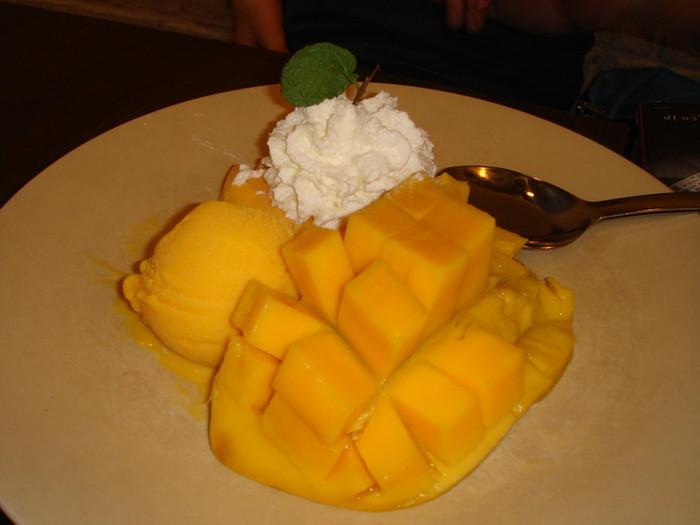 マンゴーアイスとマンゴープリン