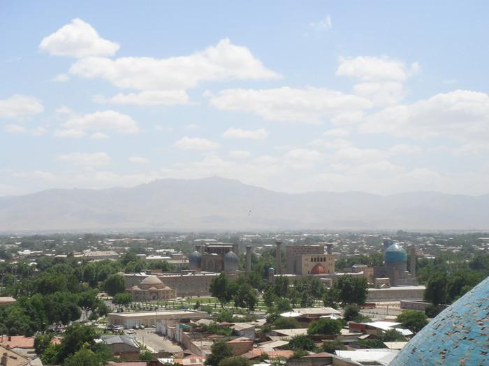 ビビハニム・モスクからの眺め