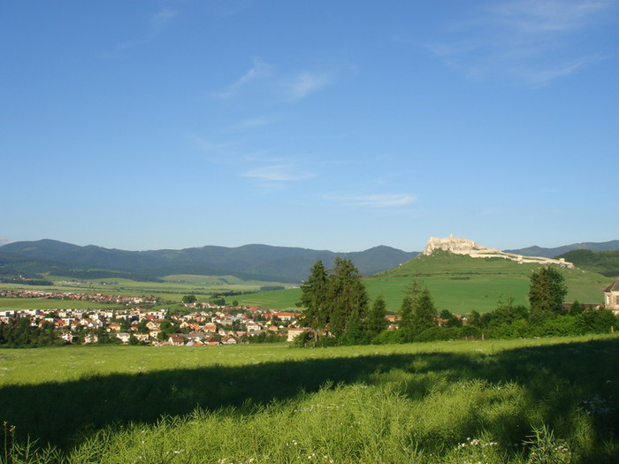 街のどこからも見られるスピシュ城