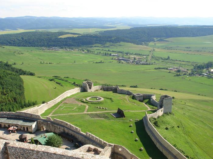 スピシュ城内の景色