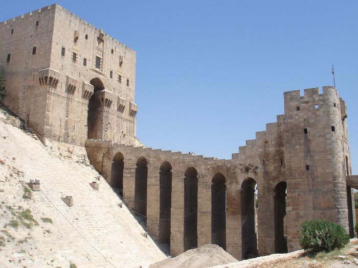 シリアのアレッポ城門
