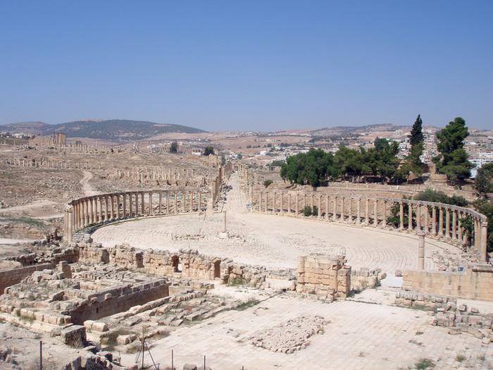 ジェラシュ遺跡の円形劇場