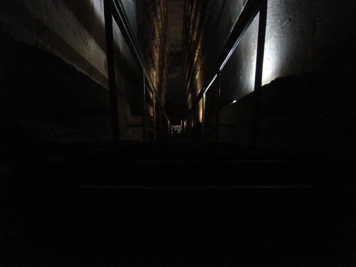 ピラミッド内部の道