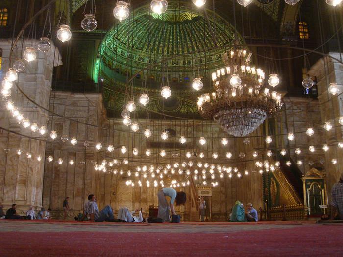 カイロのイスラム建築内部