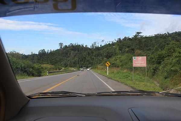 ミャワディ・ヤンゴン間の道路は綺麗になった